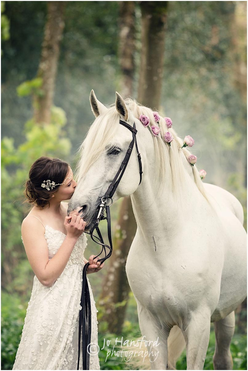 Bridal Equine Photoshoot Wedding Family And Horse Photography By Jo Hansford
