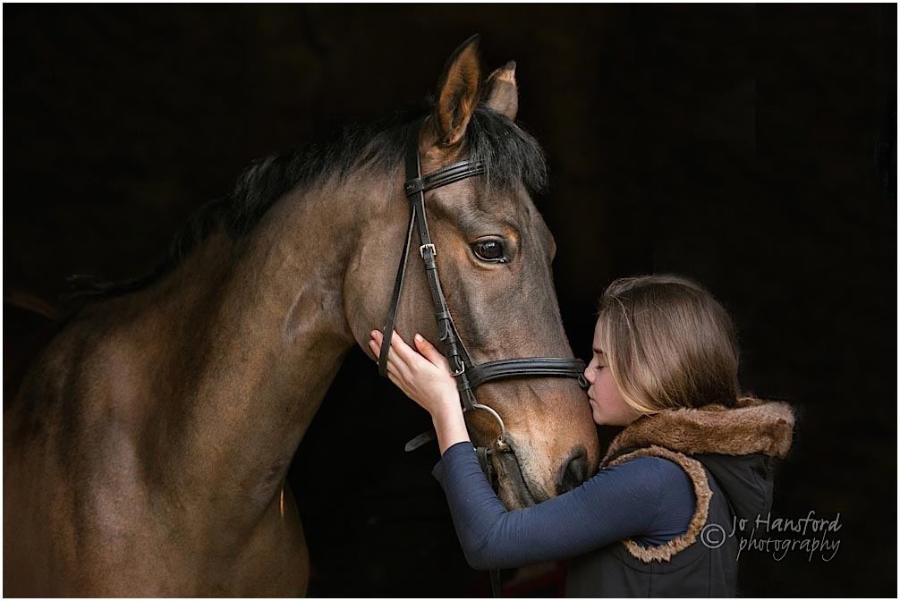 winter equine shoot Jo Hansford