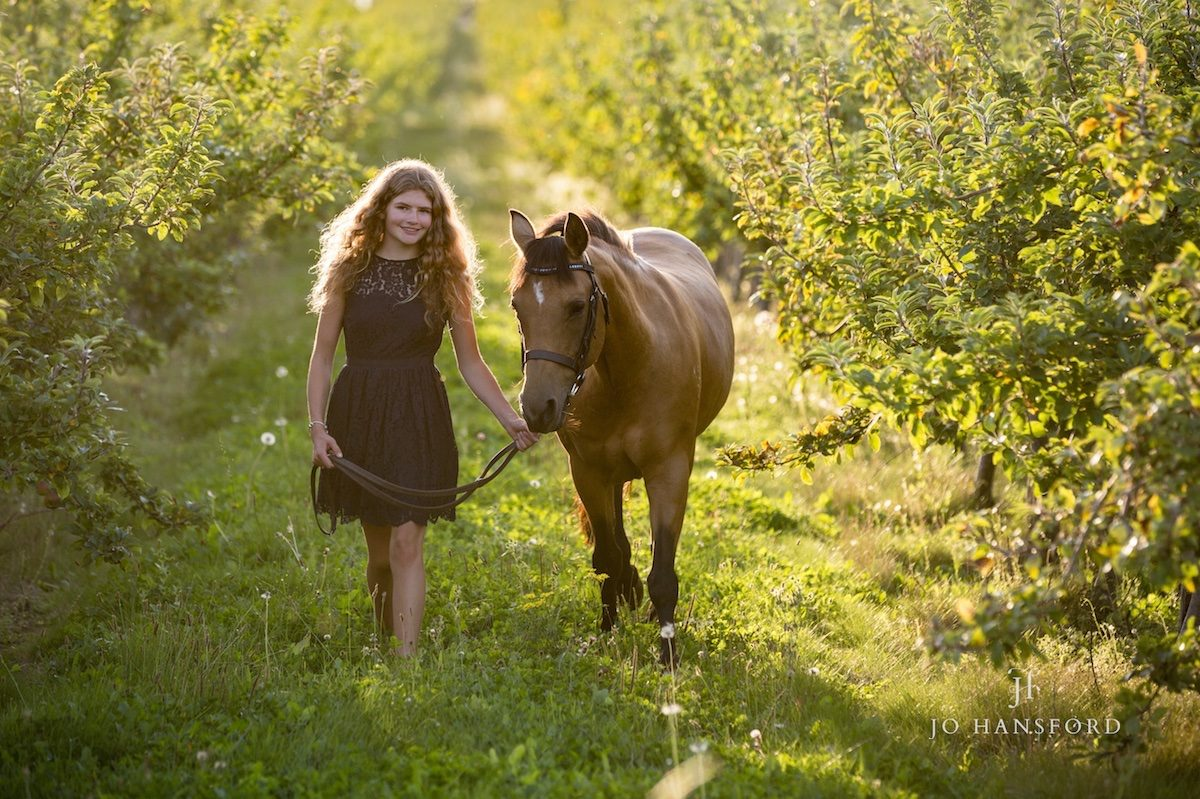 Equine photography in the Cotswolds – Lottie, Nutty & Flash