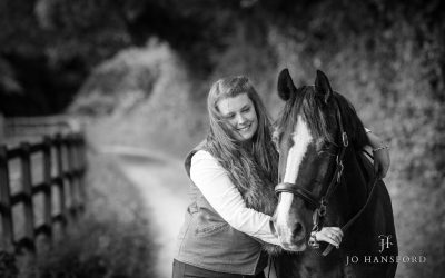Horse & dog photography Gloucestershire – Georga & Bertie