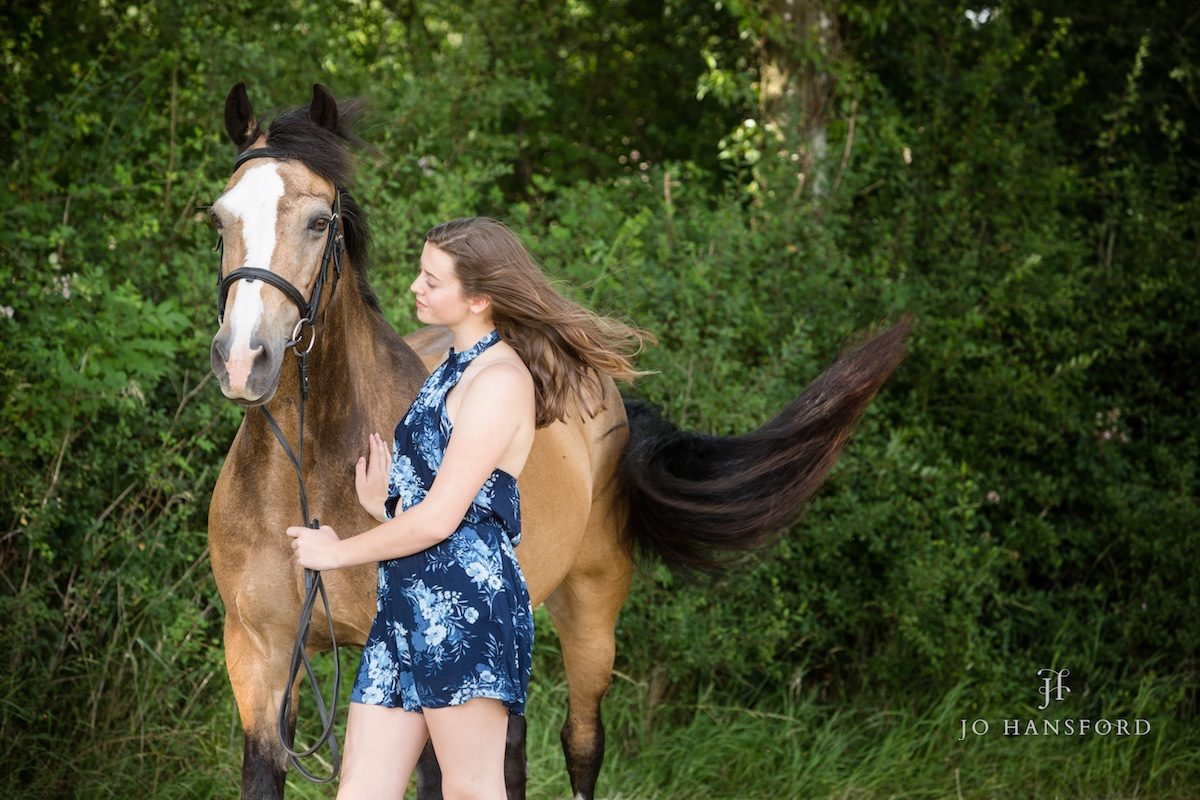 Horse photography Cotswolds – Sophie with Dantzig, Clover and Murray Mint