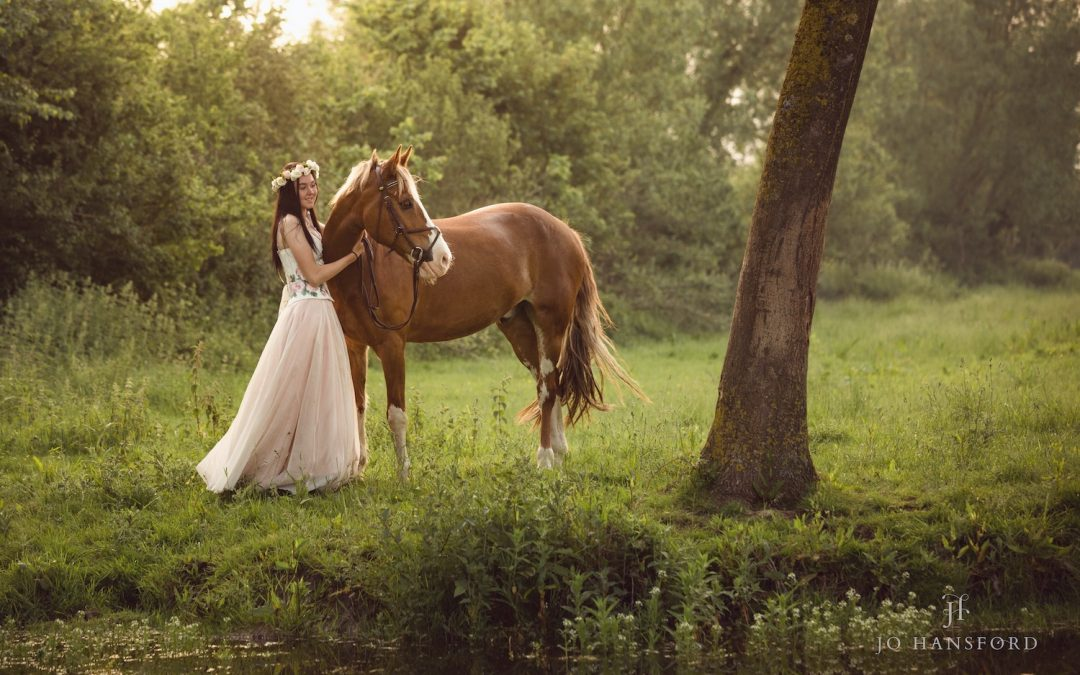 Horse photography Gloucestershire – Lottie with Evan, Dizzee and Taz