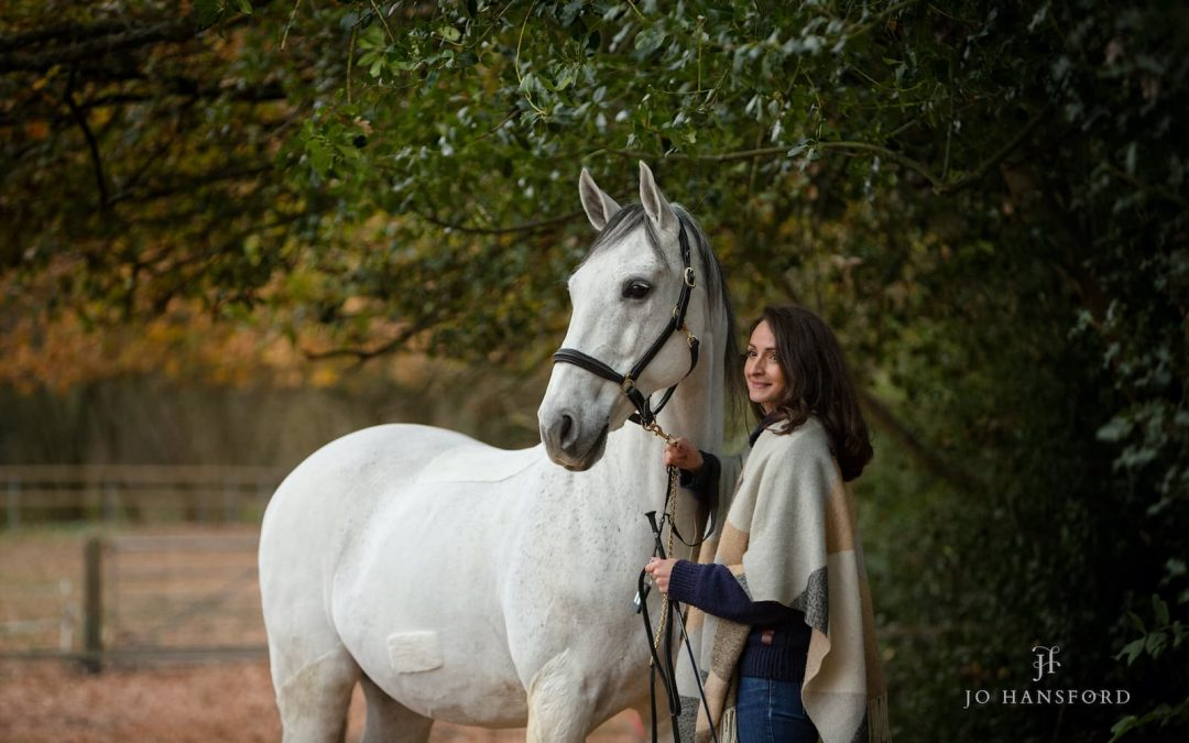 Seven great reasons why winter Equine photoshoots rock!