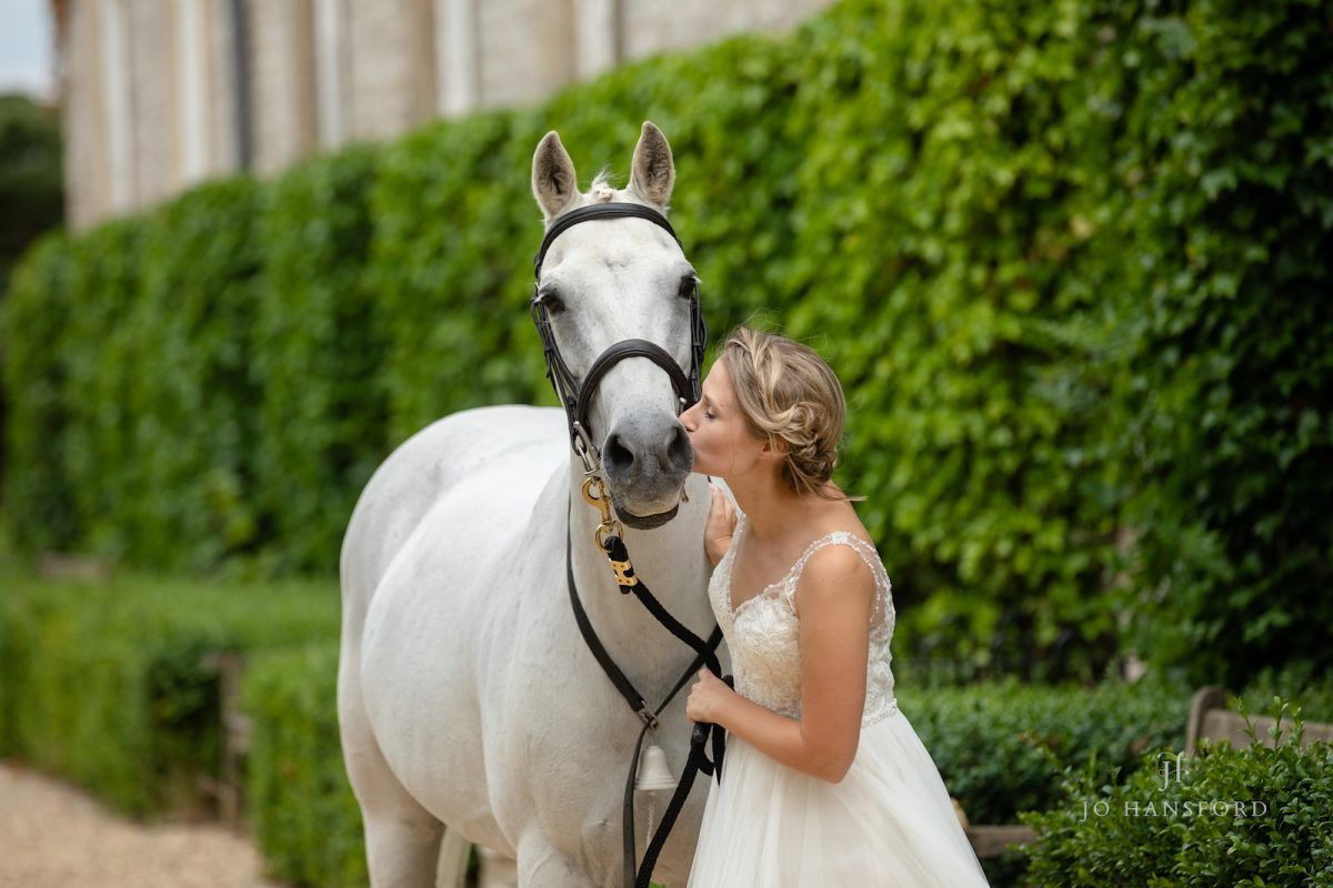 Having your horse or pet at your wedding Jo Hansford