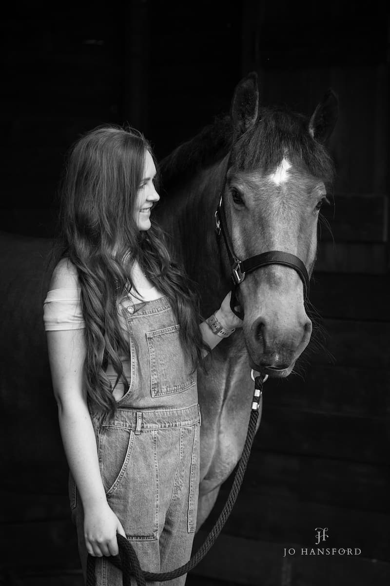 Cotswold Equine photographer Jo Hansford