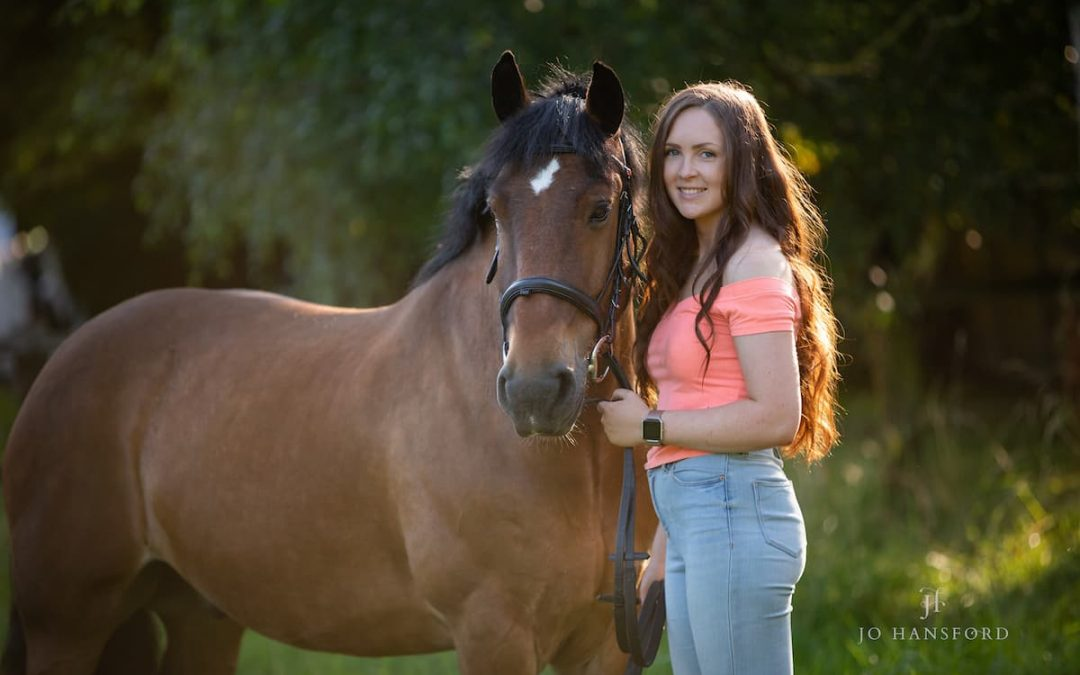 A love affair with a goofball – Lois & Dave the horse's equine photoshoot in Cheltenham