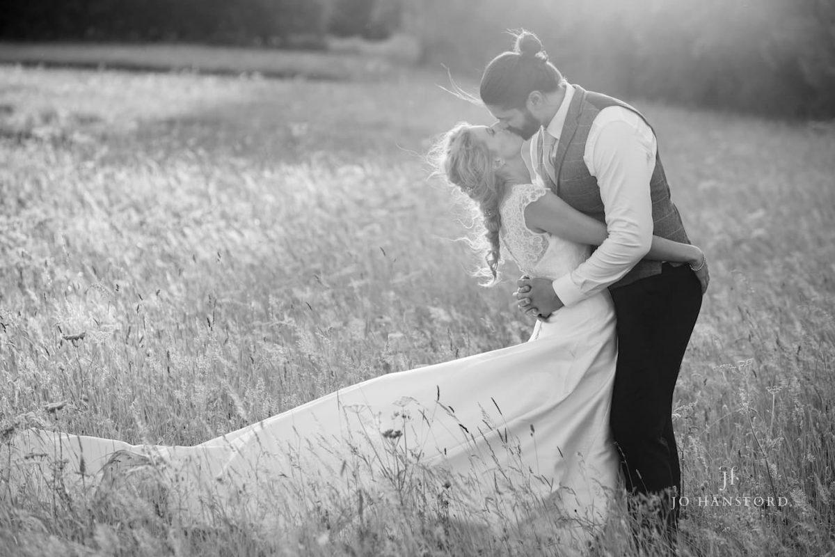 Cripps Barn wedding photographer Jo Hansford